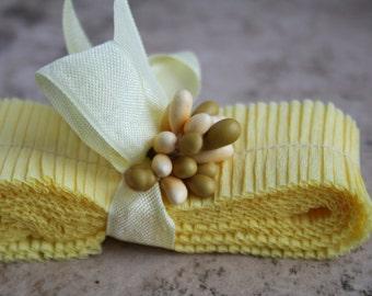 Vintage Crepe Paper Ruffles Pale Yellow Daffodil - Vintage Dennison Crepe Paper Handmade Garland Trim - Baby Showerr Garland Decorating