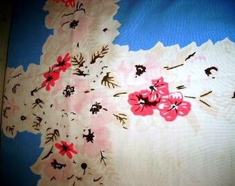 Vintage 60s PINK Flower Tablecloth, Cotton Cutter, Crafts
