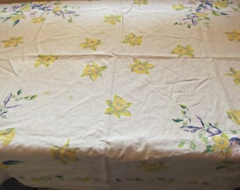Vintage 60s, 70s  Yellow Daffodils Tablecloth, Cotton, Cutter