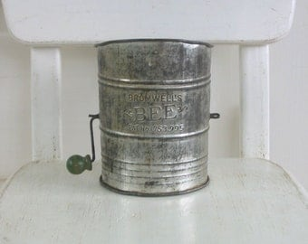 Vintage Kitchen Sifter, Flour Sifter, Metal Sifter, Antique Silver Retro Kitchen