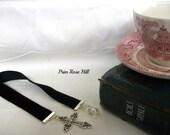 CROSS Bookmark CHRISTIAN with Swarovski beads on black velvet