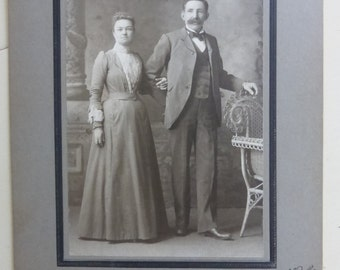 Antique Cabinet Card Couple CC119