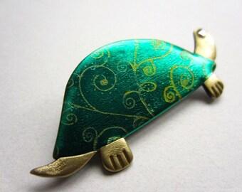 Little turtle pin