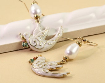 Holiday Jewelry Gold White Peace Dove Christmas Earrings Teardrop Crystal Pearl Winter Fashion