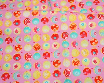 Cupcake print Japanese fabric Half Meter 50 cm by 106 cm or 19.6 by 42 inches (N121)