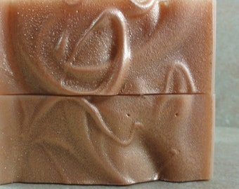 Amber Crush - Handmade Soap - Amber Resins, Patchouli, Bourbon Vanilla