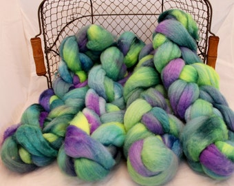 Roving, BFL Roving, Blue Faced Leicester Hand Painted #589