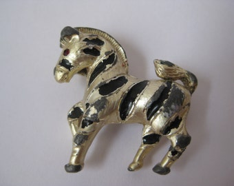 Shabby Zebra Brooch Pin Animal Vintage