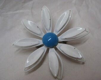 Flower Daisy Blue White Enamel Brooch Vintage Pin