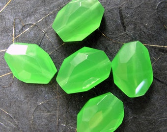 Faceted Green Jade Nugget Beads