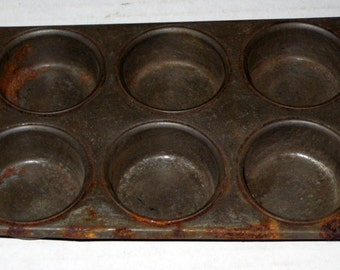 Vintage Rusty Primitive  Mini Muffin Tin  - for Votives, Small Supplies, etc.