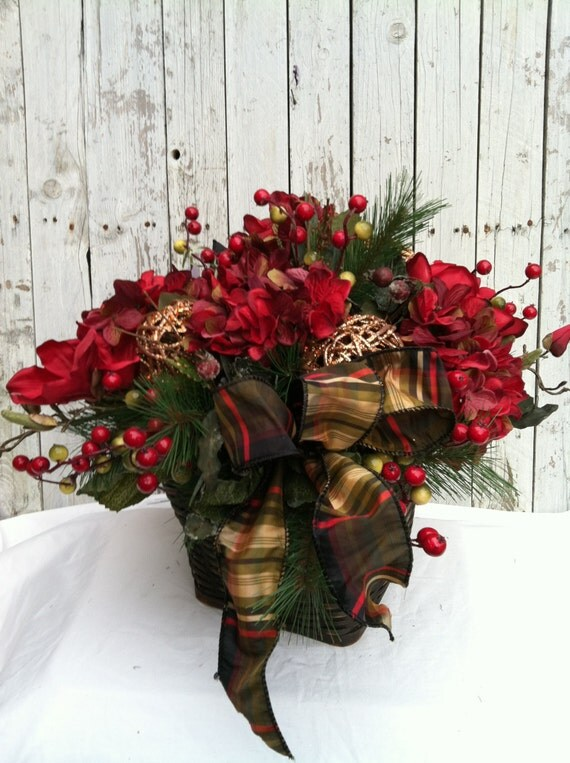 Christmas centerpiece table country
