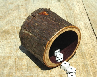 Wood dice cup - Hickory