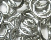 "14ga 3/8"" Saw Cut Bright Aluminum Jump Rings - (2.0mm x 9.91mm)"
