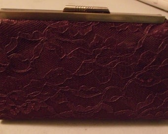 Vintage Lace Clutch in Eggplant