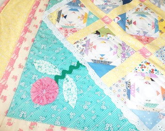 Baby Girl Vintage Style Scalloped Edge Quilt