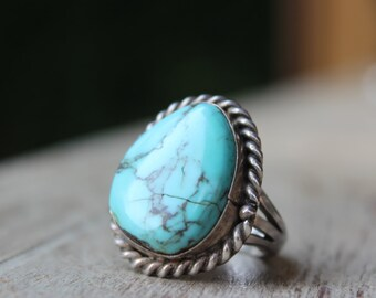 Vintage Sterling and Turquoise Ring 16 grams