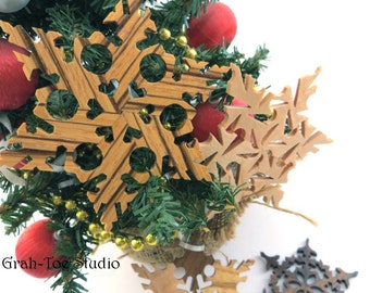 Wood Snowflake Ornaments, Wooden Snowflakes, Star Garland,  Snowflakes, Decorations, Christmas, Yule, Hanukkah ,Grahtoe Studio