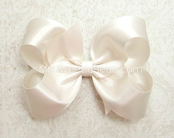 Ivory Satin Hair Bow, 4 inch Satin Bow for Flower Girls, Ivory Satin Bow for Bridesmaids Special Occasions Weddings, Ivory Boutique Bow