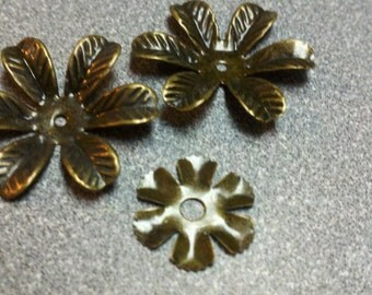 Antique Brass Metal Flower Accents