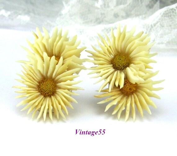 Vintage Earrings Celluloid Daisy Petal screw back 1930