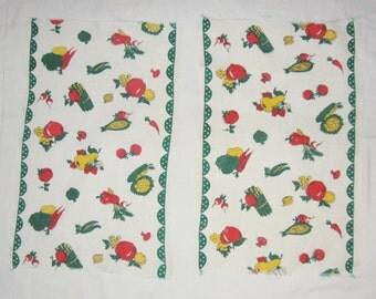 Vintage Green Linen Kitchen 2 Tea Towels Fruits and Vegetables