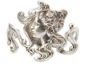 Camee Bracelet Woman Gift/ Special gift/ Silver bracelet/ Elegant style/ Unique bracelet/ Handmade/ Made in France/Fashionable bracelet