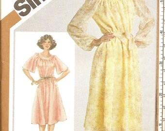 """1980s Vintage Sewing Pattern -  Dress - 1980s Petites Dress Pattern - Raglan Sleeves - UNCUT - Bust 36"""""""