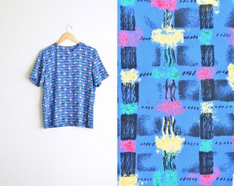 SALE / vintage '80s/'90s cobalt blue ABSTRACT PATTERNED short sleeve shell blouse. size l.