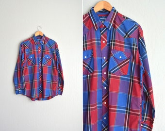 vintage men's '80s PLAID royal blue & red WESTERN WRANGLER long sleeve button-up shirt. size l xl.