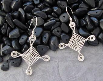 Hand woven Sterling Silver Wire Earrings, Scroll Eyes Ojos Earrings