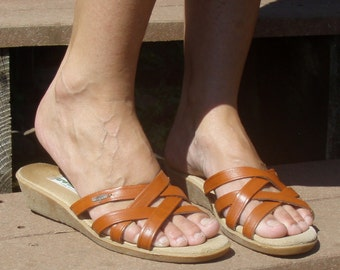 Vintage Wimzees Leather Strappy Sandals