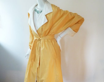 Vintage trench coat by Niccolini for any size, classic trench, long orange coat for any season, 60s. 70s, office fashion, chic yellow coat