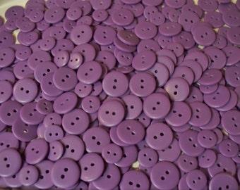 Bulk Lot, 400  Purple Buttons. (Free US Shipping)