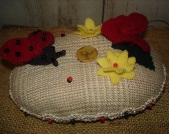 Ladybug Hill Wool Pin Cushion, Pinkeep, Pinpoke, Primiive, Rustic, Needlecrafts, Ofg, Faap, Hafair, Dub, Atgcele
