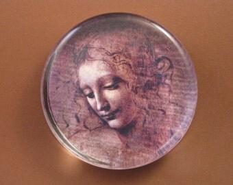 Leonardo da Vinci, Renaissance Art, da Vinci Paperweight, Renaissance Decor, Female Portrait, Large Round, Glass Paperweight, Desk Accessory