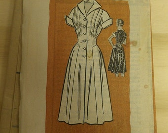 1950s Dress with tucks and Gored Hip Rock A Billy 18 1/2 Printed Pattern 4572