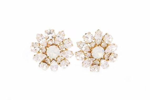 Wedding Earrings,  Gold Bridal Earrings, Crystal Earrings, Stud Rhinestone Earrings, White Opal Crystals , Wedding jewelry