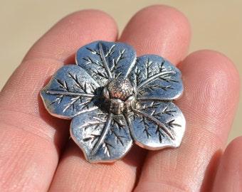 1 Silver Flower Pendant SC2110