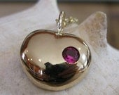 Love Actually Necklace with Heart Pendant (14K gold) and a Ruby