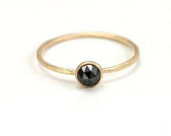 Rose Cut Black Diamond Ring // 14k Gold Black Diamond Stacking Ring with Thin Bezel and Delicate Hammered Ring Band