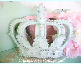 Metal Crown Wall Decor view wall / bed crownssweetlilboutique on etsy
