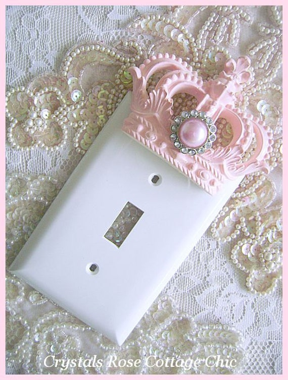 Old Fashioned Clicking Rocker Light Switch