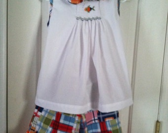 Hand Smocked A-line Swing Top & Ruffled Shorts Sz 4t