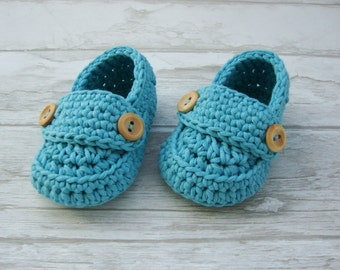 Crochet Baby booties in aqua, baby boy loafers, blue slippers size 1- (3 months) with giftbox ready to ship