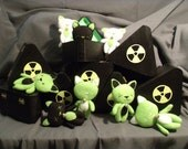 Schrodinger's Cat-In-A-Box Stuffed Cat (Dead Or Alive) SET 2 (8 AVAILABLE)