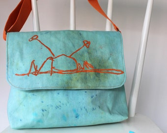 """Large """"Seaside"""" Messenger Bag with Colouring Pencils and adjustable strap from Age 6"""