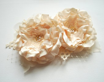 Champagne Cream Bridal Hair Flowers, Vintage Wedding Hair Accessories, Bridesmaids Headpiece, Bridal Cream Hair Clip, Flower for Sash, Prom