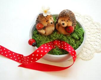cute hedgehog, wedding party, engagement ring holder, alternative ring bearer pillow, outdoor woodland wedding, cake topper, autumn wedding