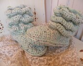 womens crochet slipper boots size 7-8 house shoes thick scrunch slouch ladies spring booties ready to ship
